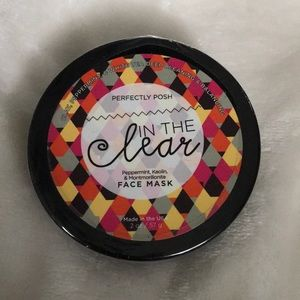 Perfectly Posh In The Clear Face Mask New